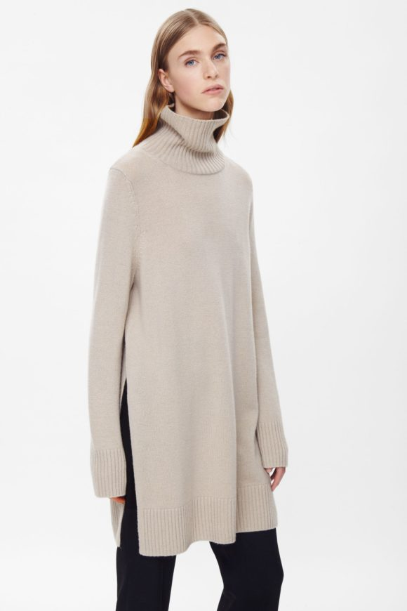 Cos Love new longer proportion of this and the high slit.