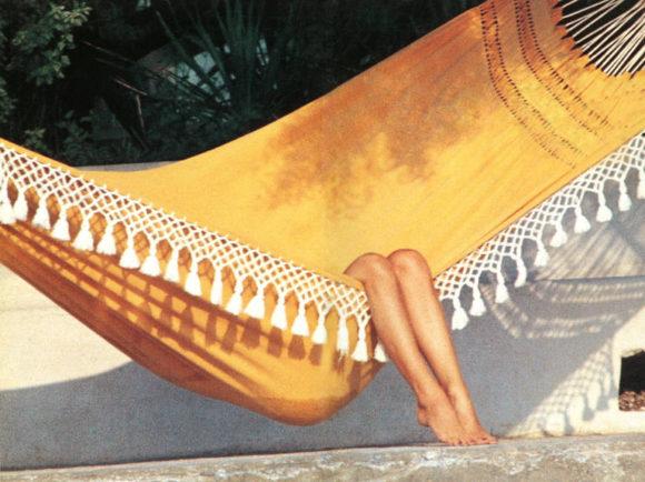Undercurrent_AARONS_Bardot_Relaxing slim aarons _in_St_Tropez_l