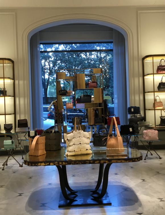 Handbags BG main floor
