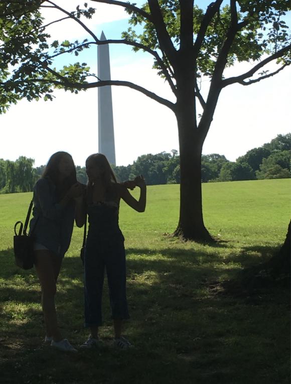 Girls, Washington Monument