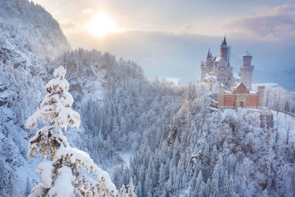 architecture-snow-001 Neuschwanstein castle, Schwangau, Germany