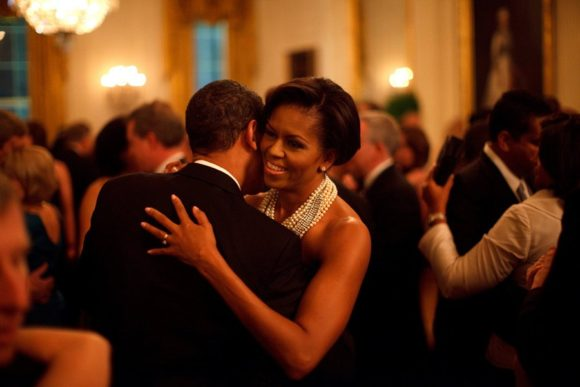 dancing-at-the-white-house-during-the-governors-ball-in-february-2009