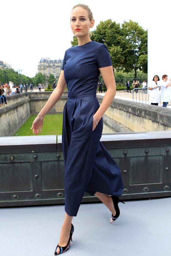 christian-dior-couture-09 Leelee Sobieski