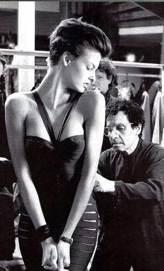 Azzedine Alaia fitting Linda Evangelista Prima Darling