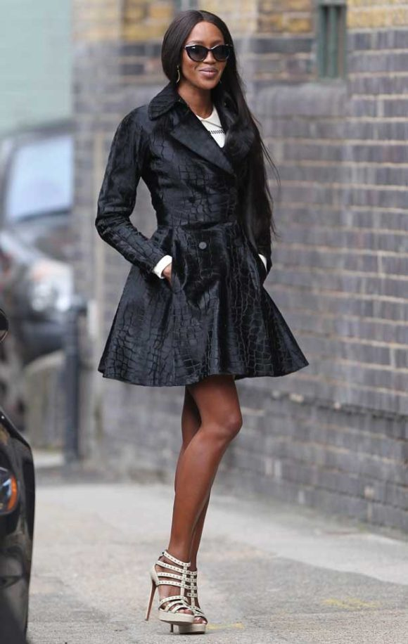 naomi-campbell-the-face-uk-london-azzedine-alaia-calf-hair-croc-print-coat-patent-leather-cage-sandals