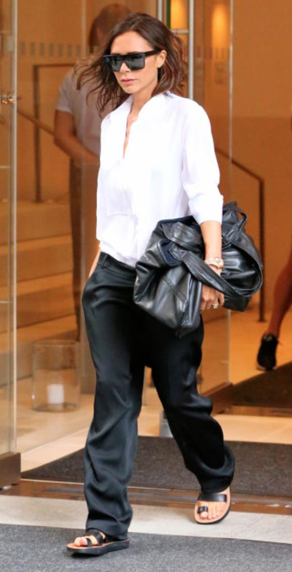 Victoria Beckham 9.22.11 PM