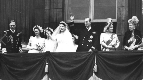 Princess Elizabeth marries Philip Mountbatten on November 20, 1947.