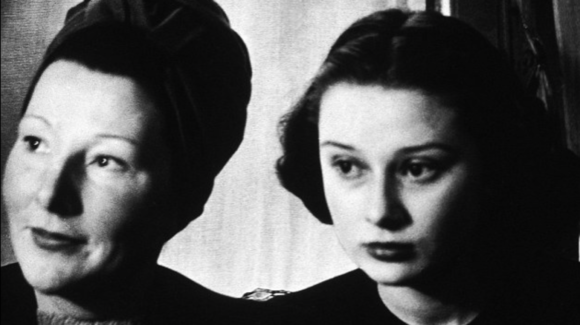 Audrey Hepburn Prima Darling
