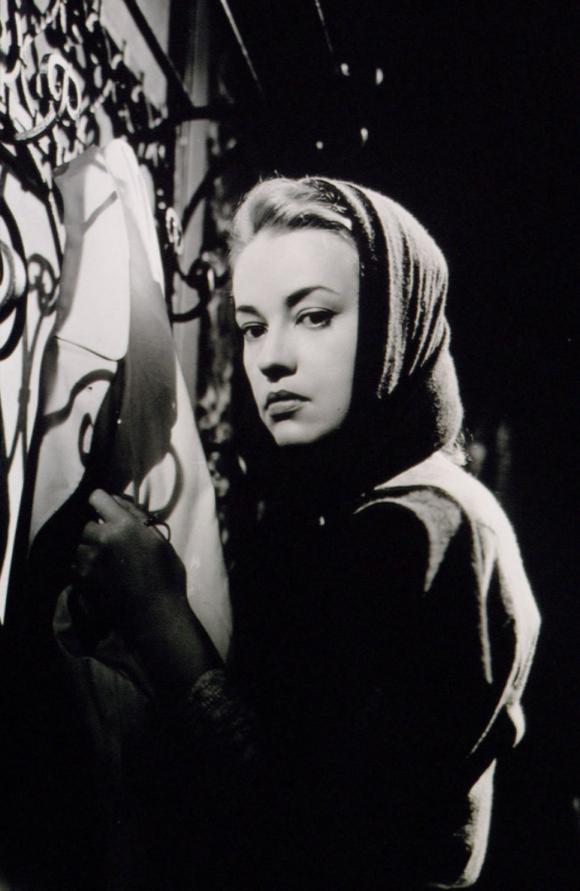 Jeanne Moreau Dangerous Liaisons
