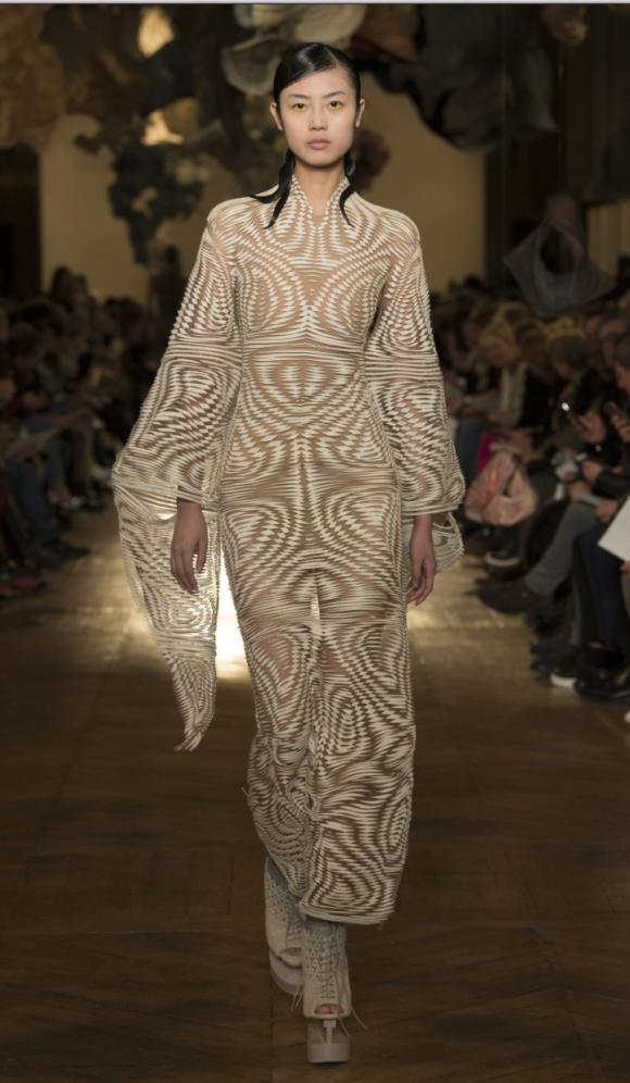 Iris Van Herpen Couture Prima Darling
